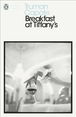 Penguin modern classics Breakfast at tiffany's