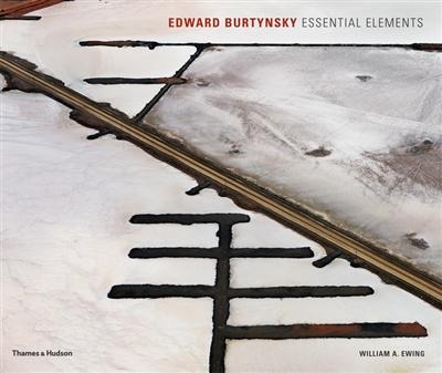 Edward burtynsky : essential elements