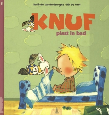 Knuf (01): knuf plast in bed